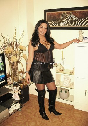 Anne-benedicte massage érotique escorte girl